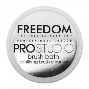 Freedom Makeup Pro Studio Brush Cleanser Preparat do czyszczenia pędzli